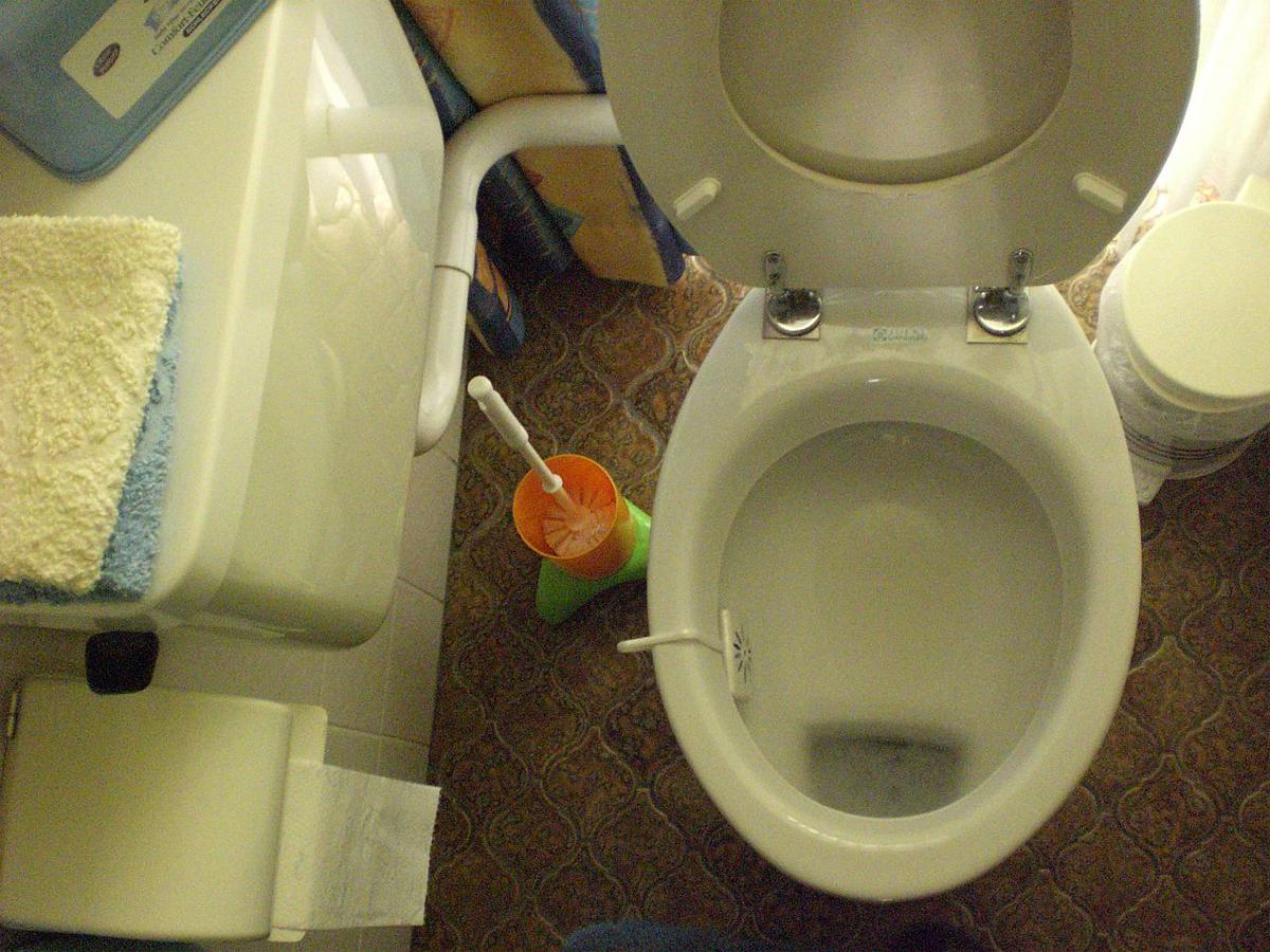 warum sind sichere toiletten wichtig umwelt im. Black Bedroom Furniture Sets. Home Design Ideas